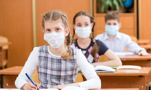 Peste 550 de copii au revenit în ţară cu familiile din 35 de ţări, înscriși la școli în județul Timiș