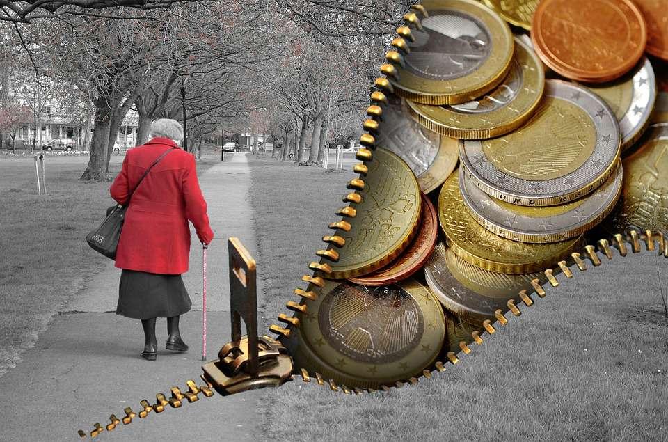 Creșterea veniturilor nu ține pasul cu creșterea cheltuielilor românilor
