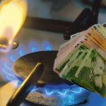 Plafonarea preţurilor la energie se va aplica şi spitalelor, şcolilor, cabinetelor medicale, ONG, IMM