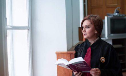 Judecătoarea Adriana Stoicescu: Încă există o fițuică ce se numește Constituție