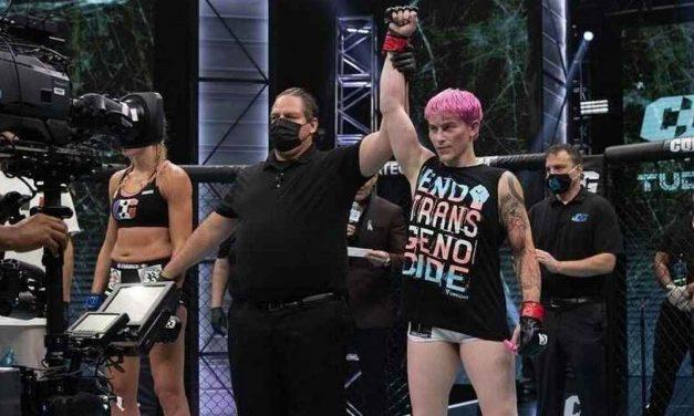 Cel mai puternic câștigă! Luptătoarea transgender Alana McLaughlin câștigă cu o femeie. Uimitor! Oare cum a reușit?
