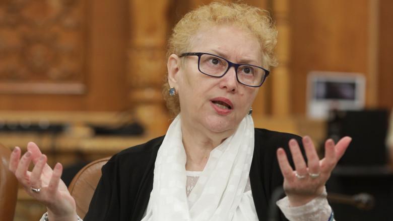 Avocatul Poporului consideră inadecvată și discriminatorie posibila concediere a nevaccinaților