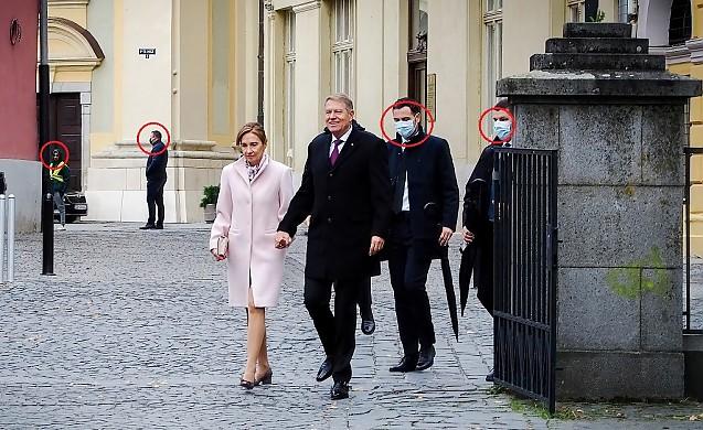 Klaus Iohannis umblă fara mască incălcand legea
